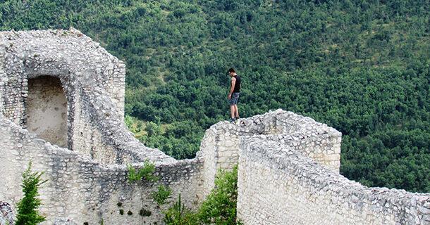 Castello di Bominaco