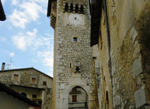 Torre dell'Orologio di Fontecchio